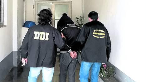 investigadores-violador-AGENCIA-MAR-PLATA_CLAIMA20130515_0060_17
