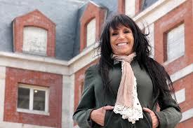 Liliana Domínguez dejó muy mal parado a Pulti. La artista popular crítico a Pulti por su política de espectáculos públicos. Esperemos que Bruzzetta no la corra ahora de su lugar de trabajo.
