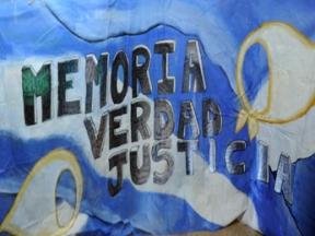 memoria-verdad-bandera