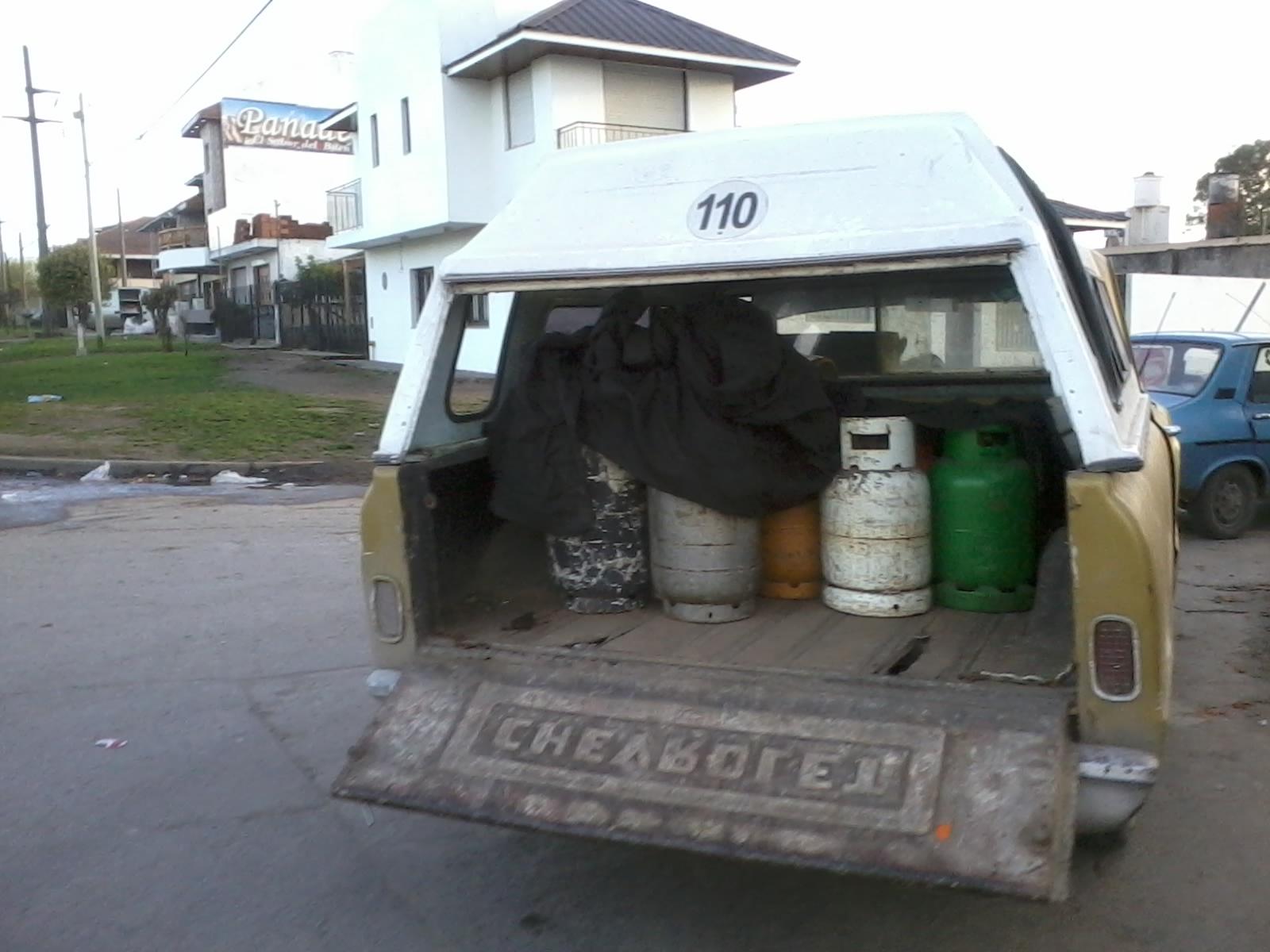 Fotos_MGP_-_Control_-_Secuestran_camioneta_con_15_garafas_sociales