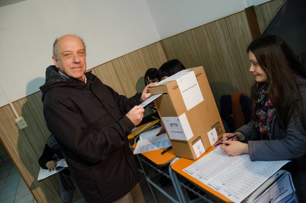 Prensa_AM_-_PASO_-_Voto_Alejandro_Ferro_1