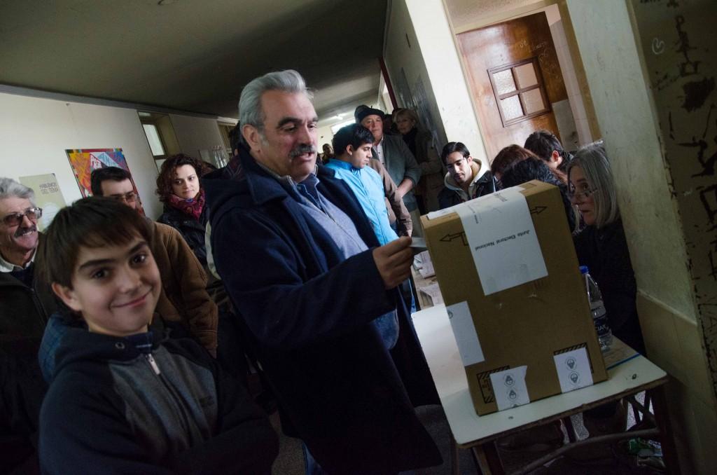 Prensa_AM_-_PASO_-_Voto_Hector_Rosso-1