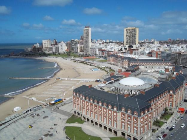 1349543815_444357386_15-Alquilo-Mar-del-Plata-Enero-2013-frente-al-mar-playa-casino-plaza-Colon-