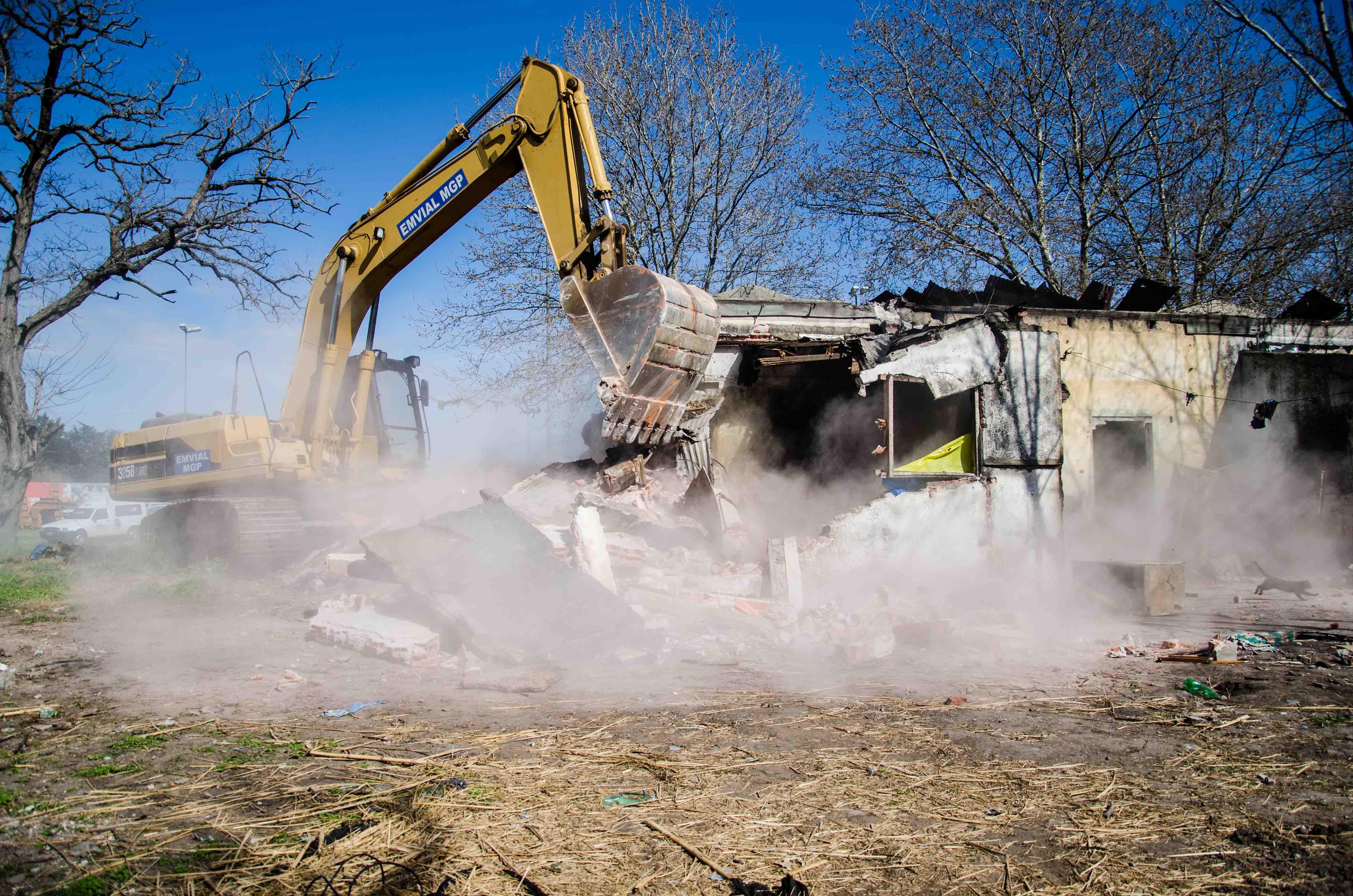 Prensa MGP - Control - Protección Ciudadana - Demolición - Los Pinares