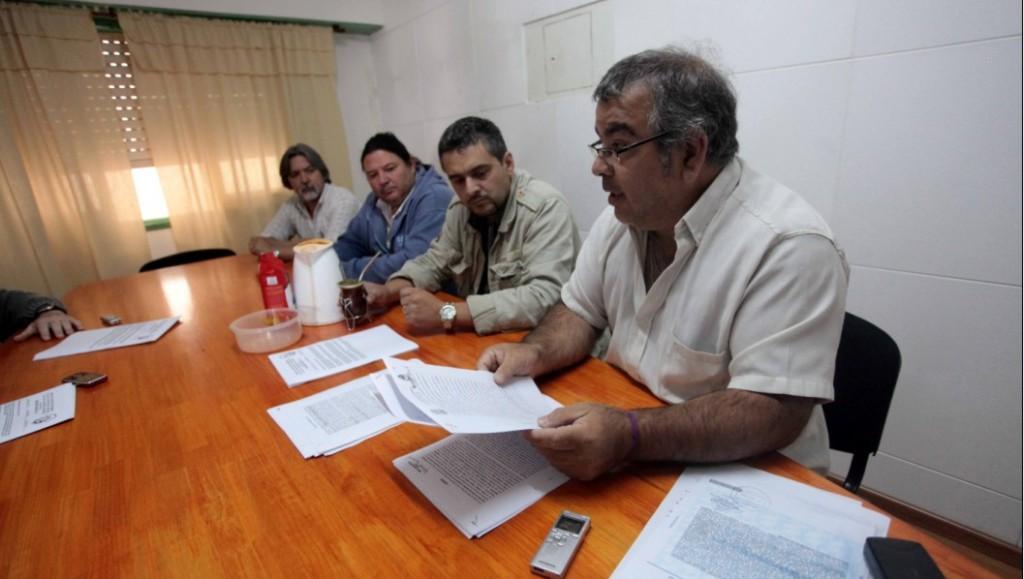 momento en que Castro, Briatore y Vega anunciaban la renuncia al SAON por diferencias con la conducción nacional, hace diez meses atrás