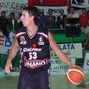Federico Marín, uno de los goleadores de la noche juninense