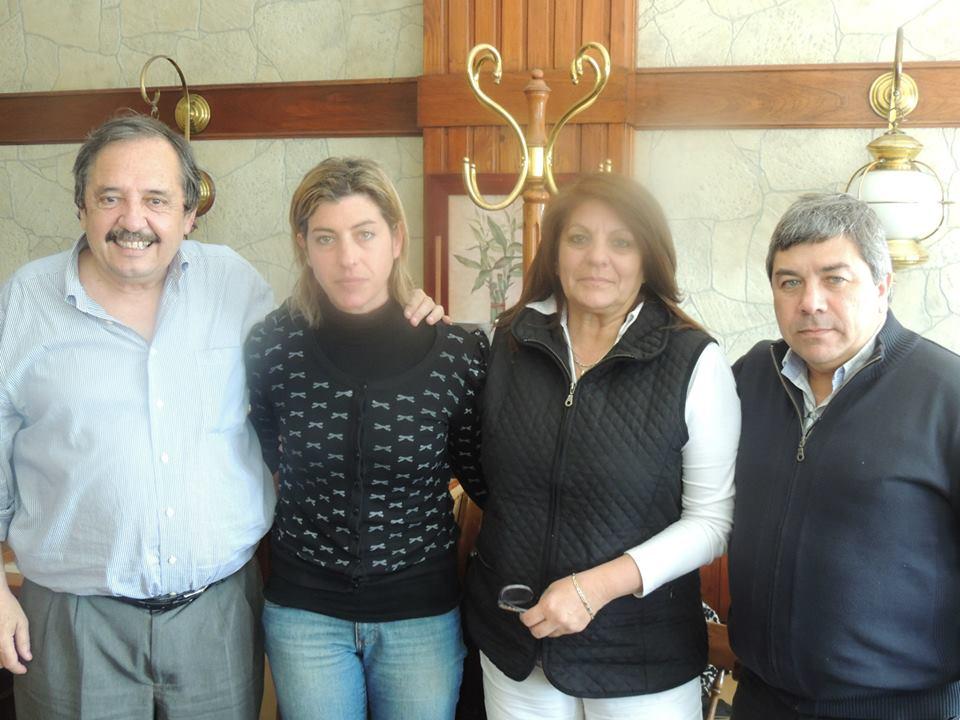 Dirigentes radicales con María Luz Pérez Orsi