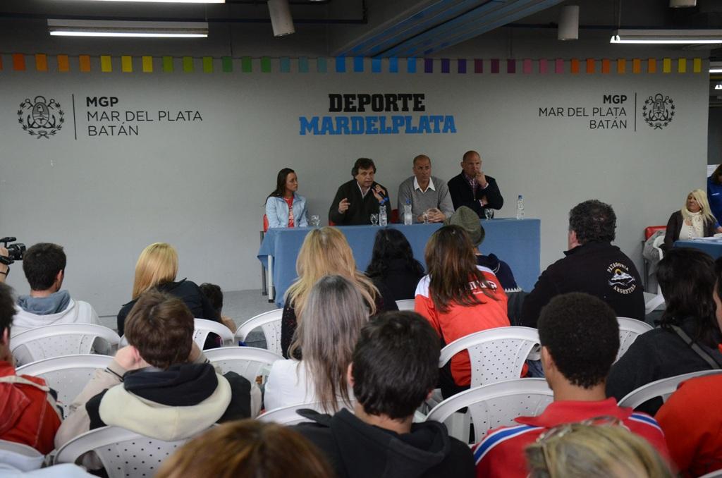 Fotos MGP - Deporte - Entrega de becas a deportistas