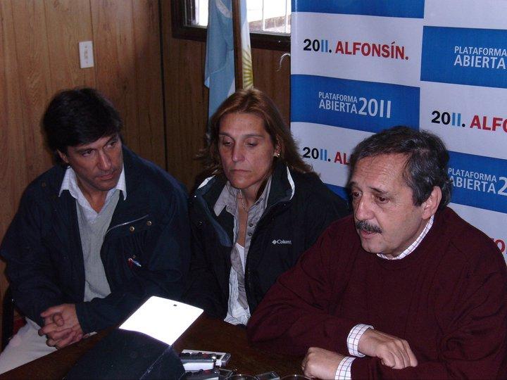 Mario Rodríguez, Vilma Baragiola y Ricardo Alfonsín