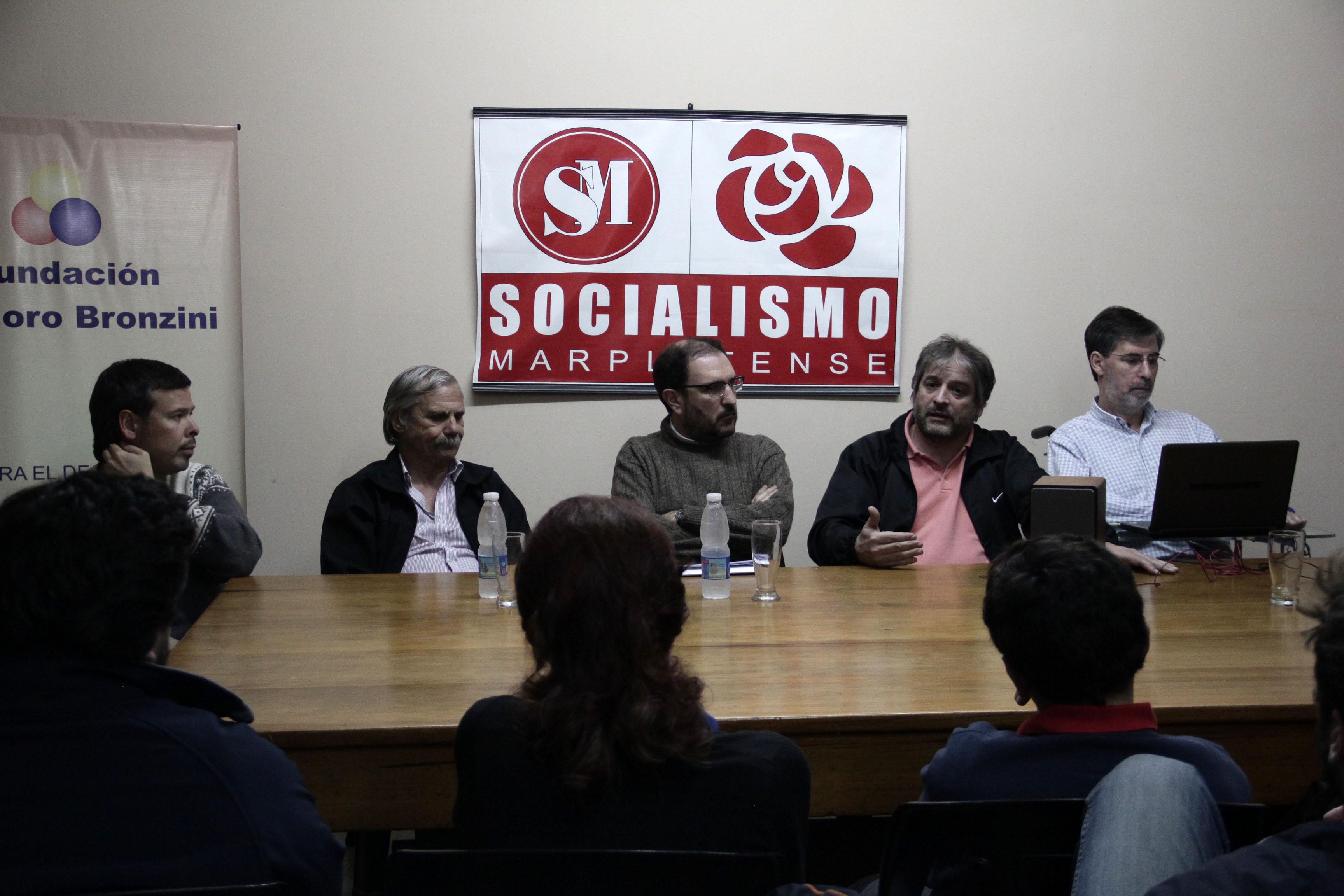 Rivas en el Socialismo Marplatense 19