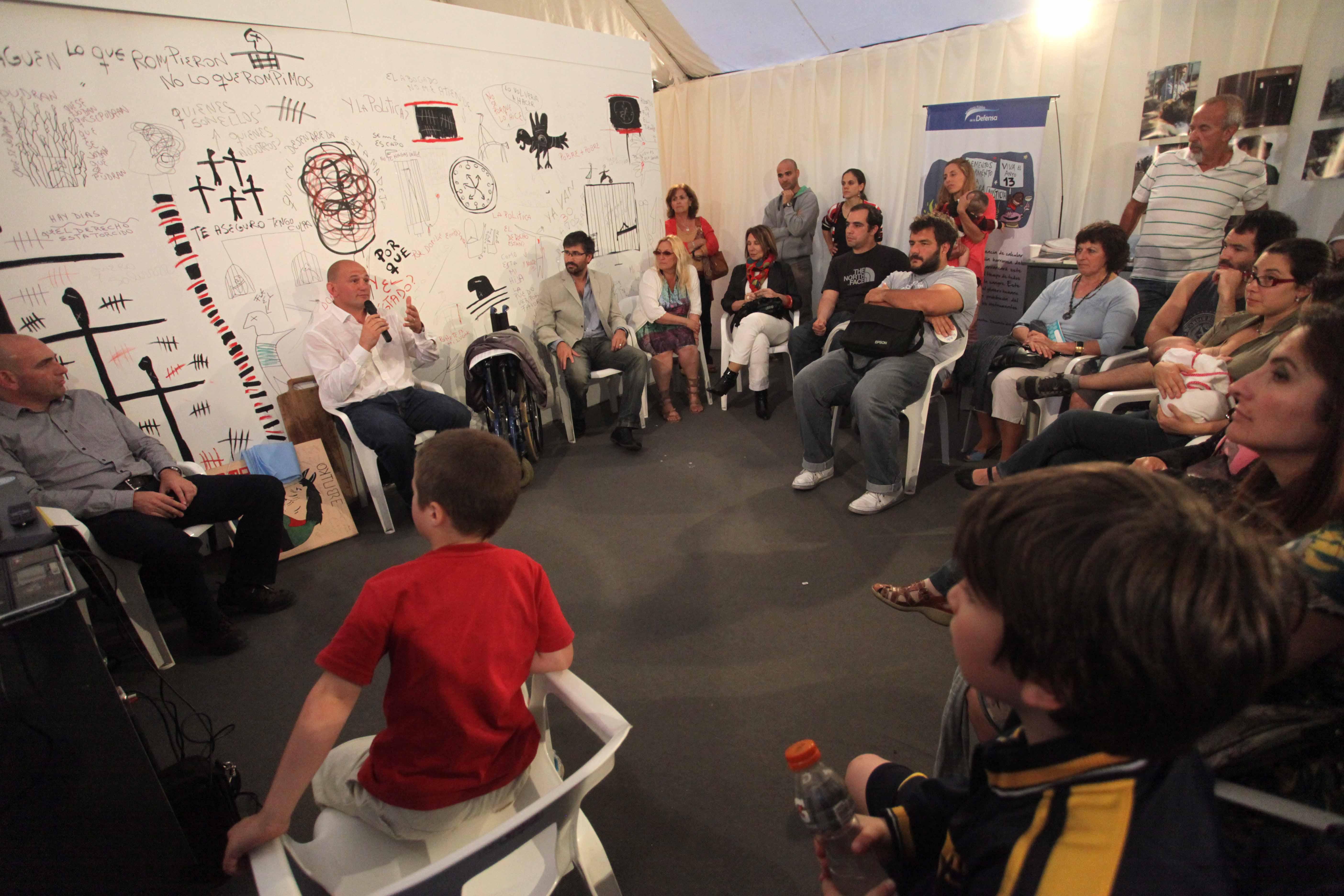 Foto MGP - Derechos Humanos - encuentro en la Celda Itinerante