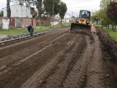 Obras y Servicios Urbanos realiza trabajos de mantenimiento en distintos barrios de la ciudad
