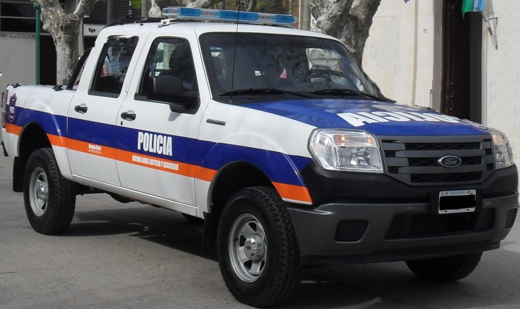 04-MOVIL-POLICIAL