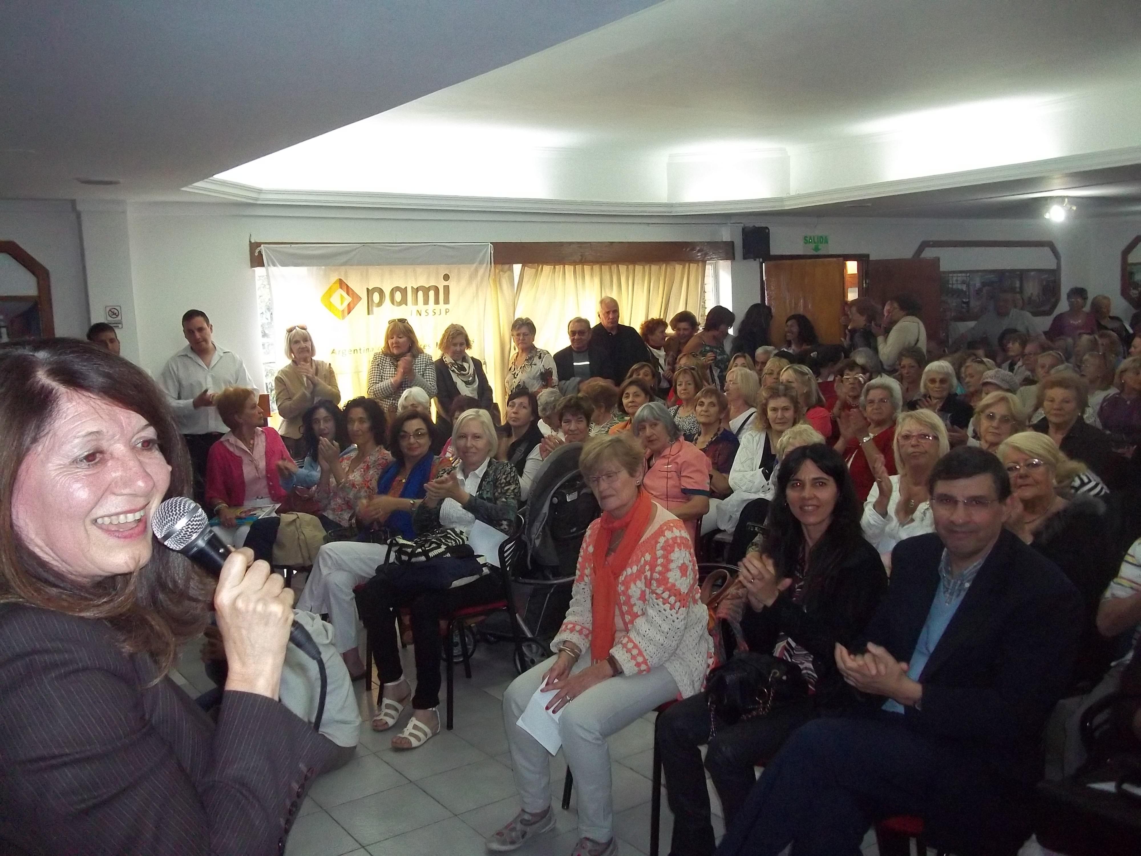 Se realizó el acto de fin de cursos gratuitos de PAMI en la Universidad Atlántida Argentina