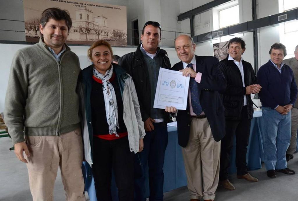 Foto-MGP-Banco-de-Tierras-entrega-de-85-Escrituras