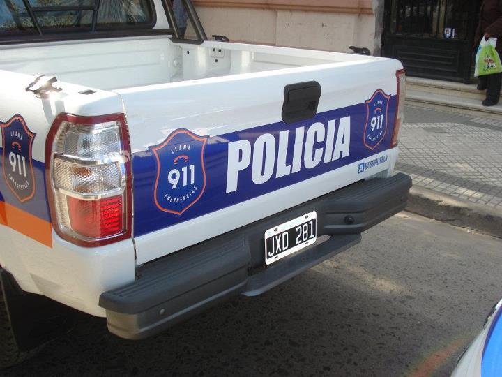 policia-camioneta