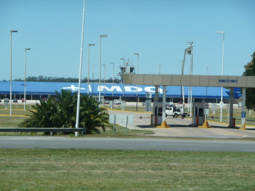 aeropuerto-internacional-astor-piazolla-llegadas-vuelos