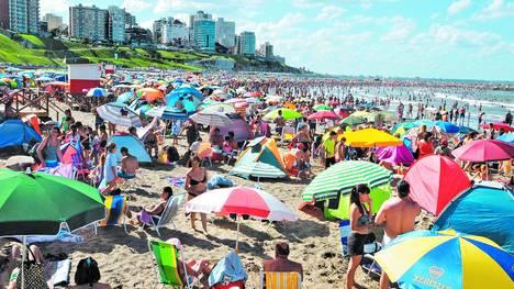 Gran-Ayer-Playa-Grande-GASTIARENA_CLAIMA20140207_0068_17
