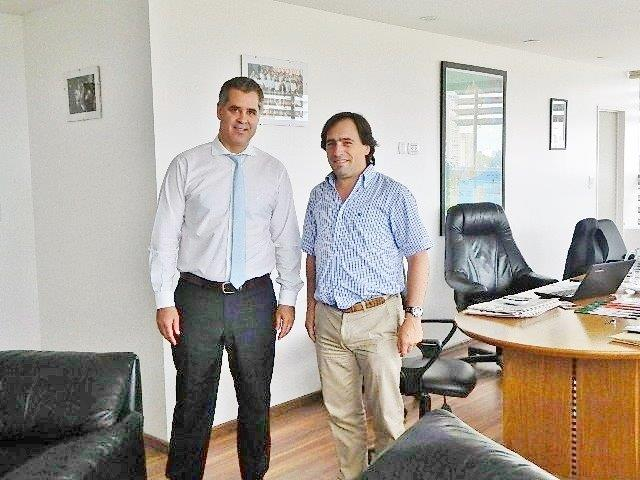 MUN. MAIPU Intendente Rappallini con Min. Asuntos Agrarios Pcial. Alej. Rodriguez