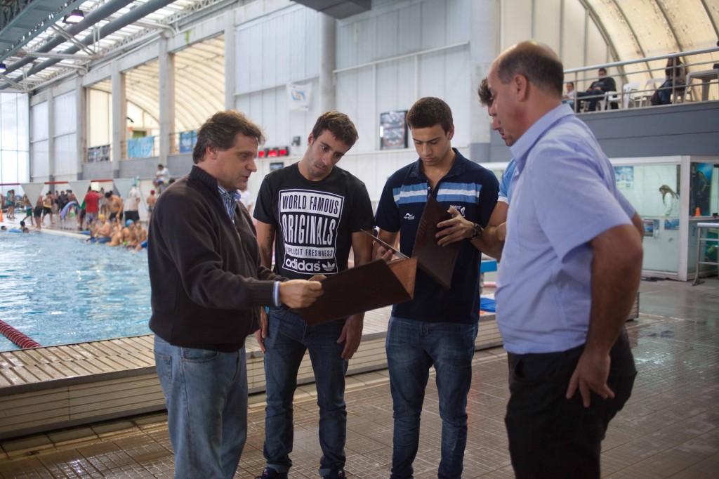 Fotos MGP - Deporte - Nadadores reconocidos por el Intendente Pulti
