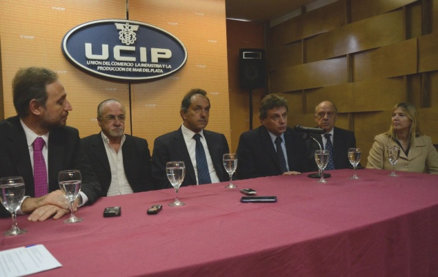 Fotos-MGP-Desarrollo-Productivo-Credito-del-Banco-Provincia-para-comercios-de-Mar-del-Plata