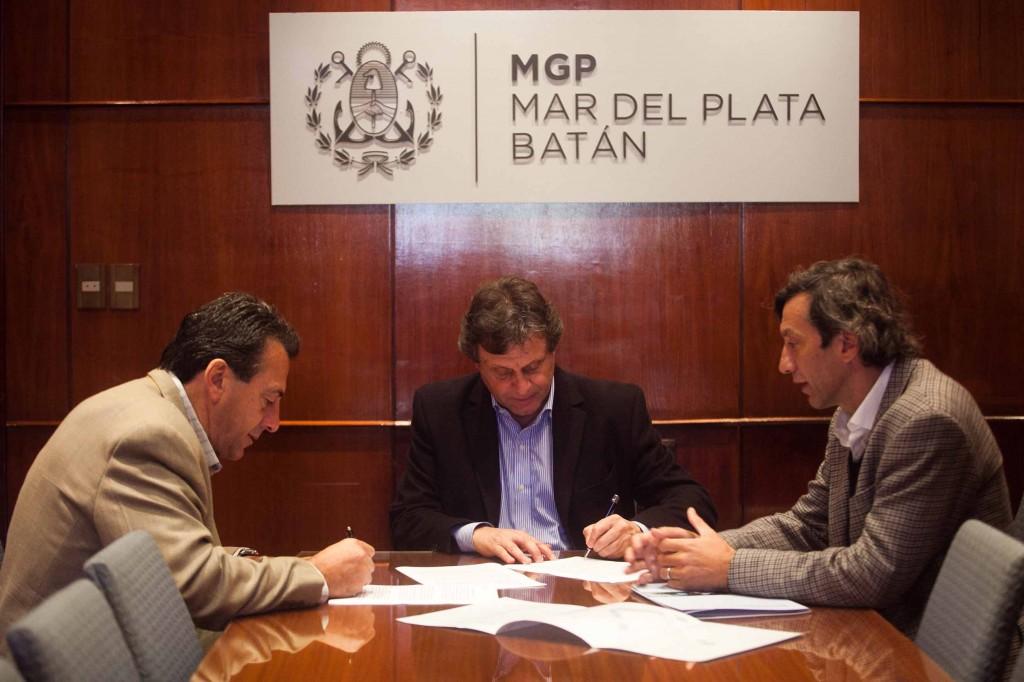 Foto MGP - Desarrollo Productivo - QM comenzará a construir Torres para la industria petrolera - Pulti - Güiscardo - Pérez Rojas