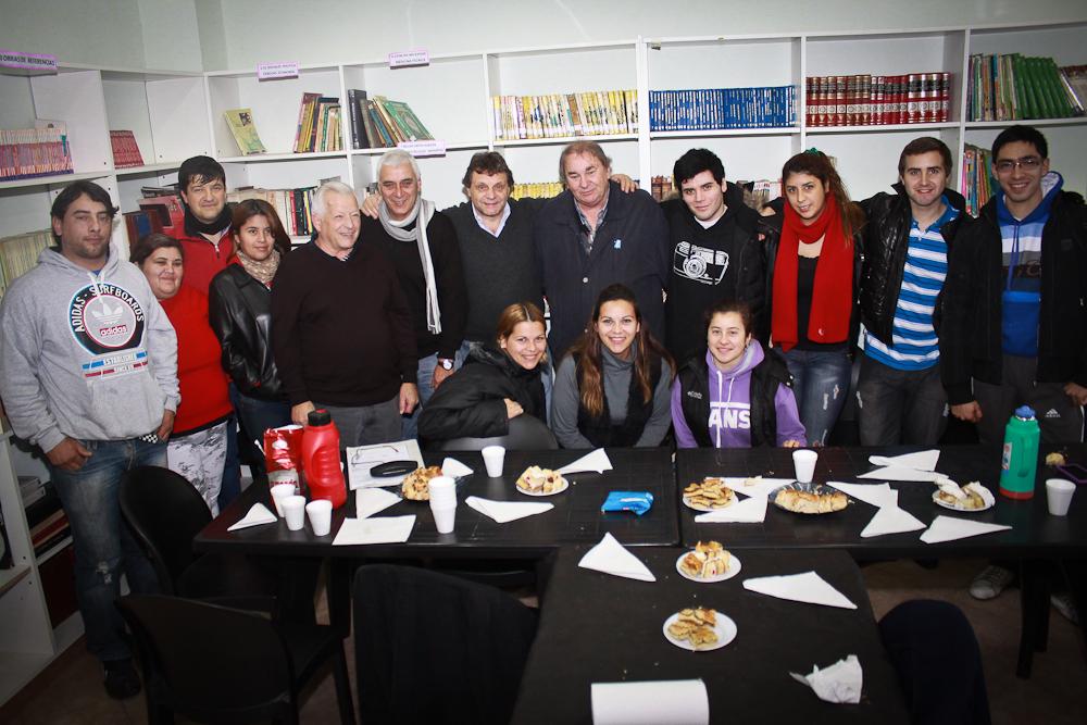 Foto MGP - Presupuesto Participativo - Entrega de cheque al barrio Juramento