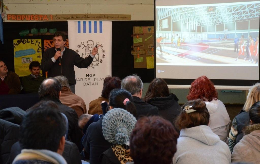 Fotos MGP - Presentacion gimnasios con piletas en Bernardino Rivadavia-Complejo Cenetario 2