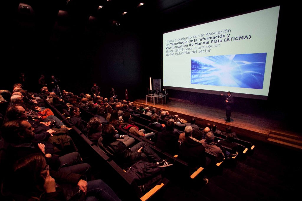 Fotos MGP - Pulti presentto las inversiones publicas y privadas de MdP 1