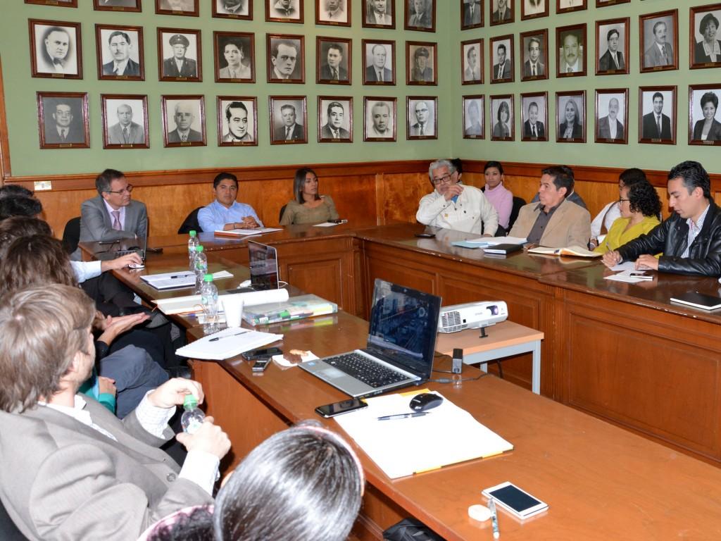 Se-reúnen-funcionarios-municipales-con-integrantes-de-Gehl-Architecs-y-del-BID