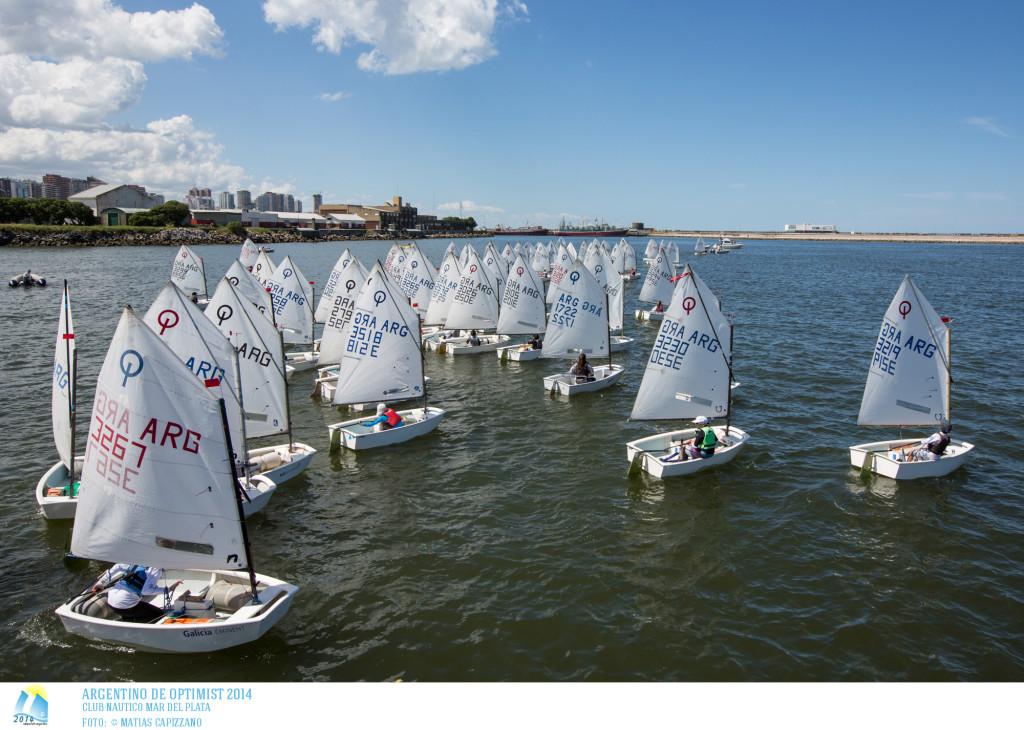 Comenzó el Campeonato Argentino de la clase Optimist