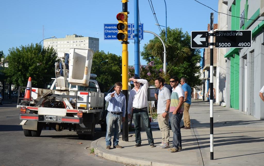 Fotos MGP - Nuevo semáforo en Jara y Rivadavia