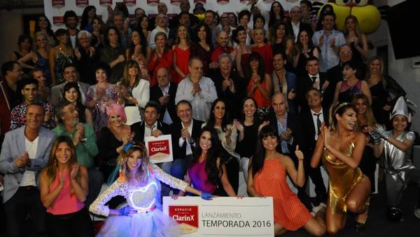 congregaron-restaurante-FOTOS-DIEGO-WALDMANN_CLAIMA20151127_0010_28