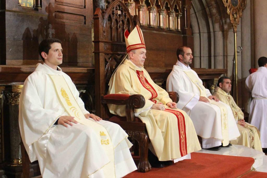 Dos nuevos sacerdotes_2015_2