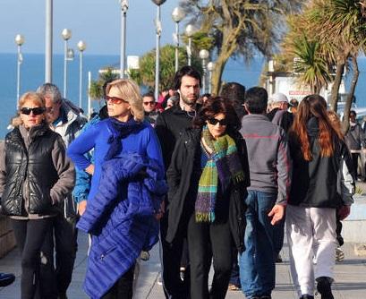 Turistas-Dia-Bandera-Mar-Plata_CLAIMA20140620_0290_27
