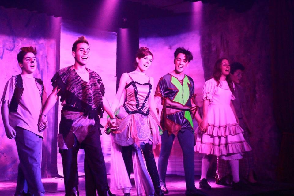 """Con música, alegría y color estrenó """"Peter Pan en busca de los niños perdidos"""""""