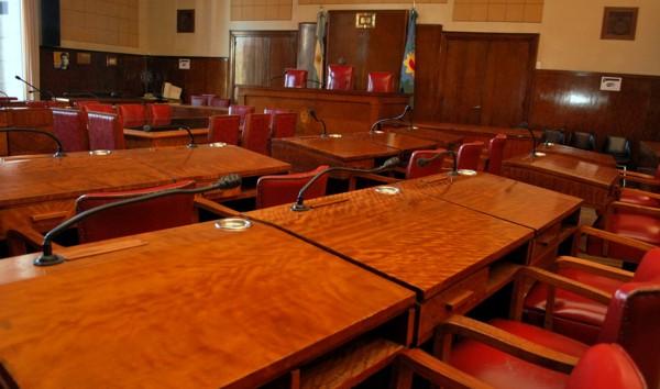 Sesión con temas de  combustión para el Concejo: Pacto fiscal y emergencia ambiental