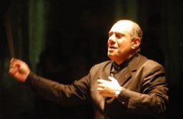 Despidieron a Guillermo Becerra; director de la Orquesta Infanto Juvenil