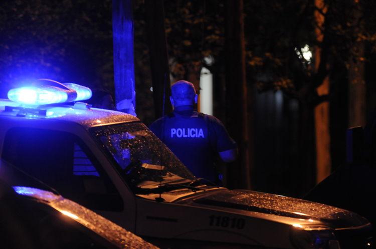policia-de-noche