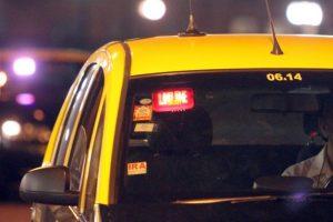 Tras persecución, detienen a delincuente que robó un taxi