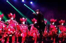 """La murga marplatense """"Lavate y Vamo"""" se presenta en el Teatro Radio City"""