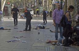 ISIS se adjudicó el atentado en Barcelona: 13 muertos y 80 heridos