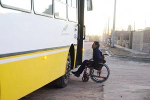 Solicitan realizar prueba piloto con colectivos adaptados para discapacidad motriz