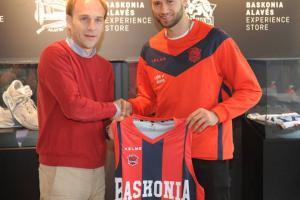 """Pato Garino: """"Para cualquier argentino es un honor jugar en el Baskonia"""""""