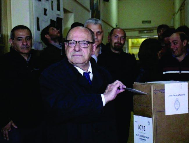 Arroyo con una suma de poder consolidada con votos