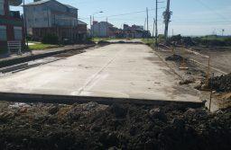 Avanza la obra de repavimentación frente a la Terminal de Santa Clara