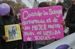 """""""Mar del Plata te hace infeliz"""": la campaña contra la violencia de género que no toma vacaciones"""