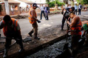 Arroyo en la recorrida de las obras de calle Beltrán: «Estamos haciendo como nunca antes»