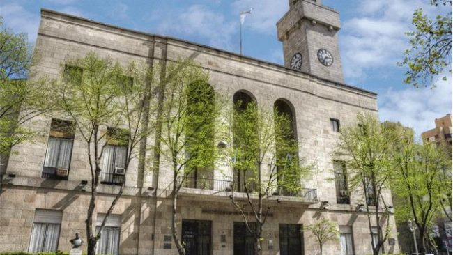 "La Justicia ordenó reincorporar a docente municipal que fue echada por ""vieja"""