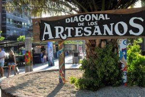 Los artesanos de la Diagonal Pueyrredón vuelven a declararse en estado de alerta